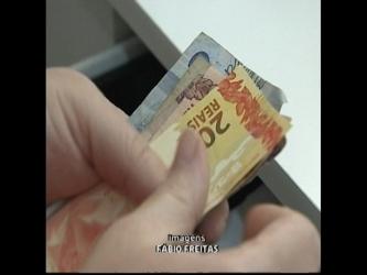 Pesquisa do Banco Central revela que dinheiro vivo ainda é mais usado que cartão