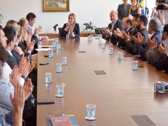 Termo de parceria entre Paraná Educativa e demais emissoras do Estado